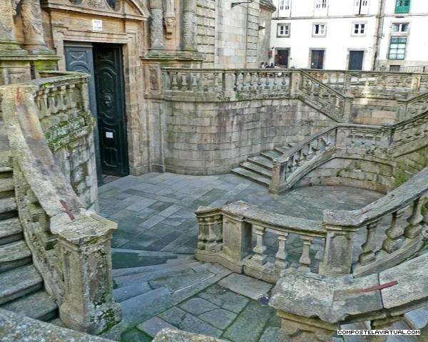 escaleras_en_la_iglesia_de_san_martin_pinario-santiago_de_compostela_foto_8